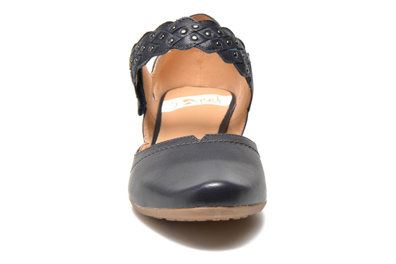 Escarpins Sweet Dizaya Bleu vue portées chaussures