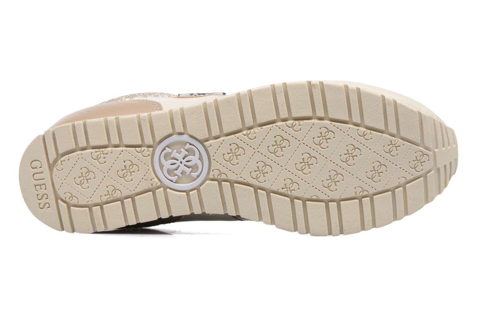 Trainers Guess Reeta Beige view from above