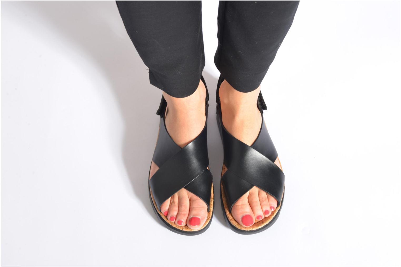 Sandales et nu-pieds Camper Oruga K200157 Noir vue bas / vue portée sac