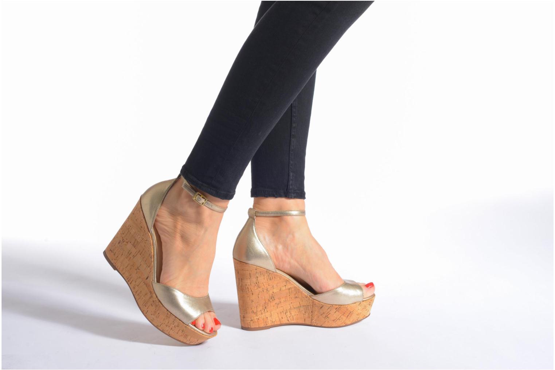 Sandales et nu-pieds Steve Madden PANDORE Or et bronze vue bas / vue portée sac