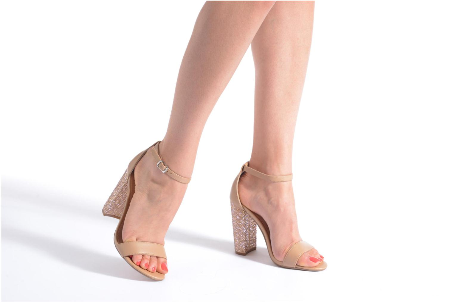 Sandals Steve Madden CARRSON Beige view from underneath / model view