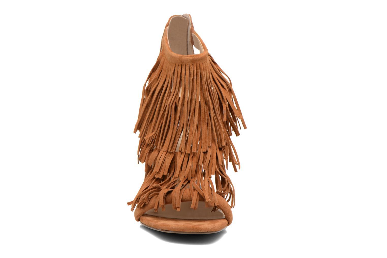 Sandalen Steve Madden FRINGLY braun schuhe getragen