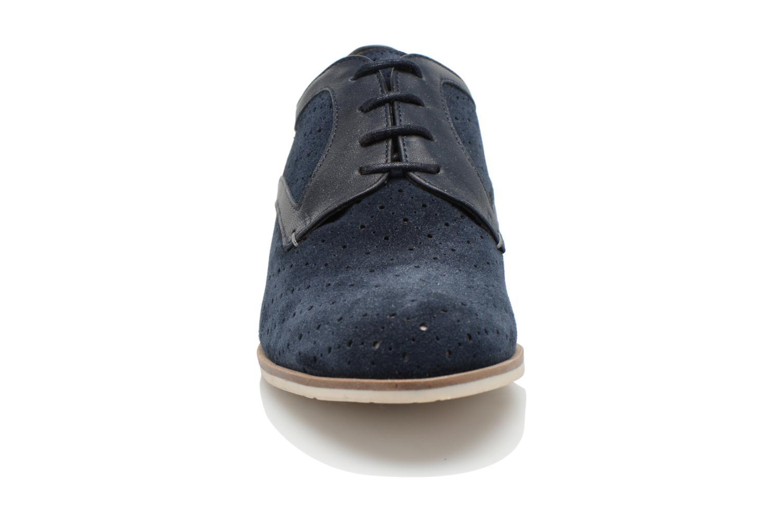 Scarpe con lacci HE Spring Bellem Azzurro modello indossato