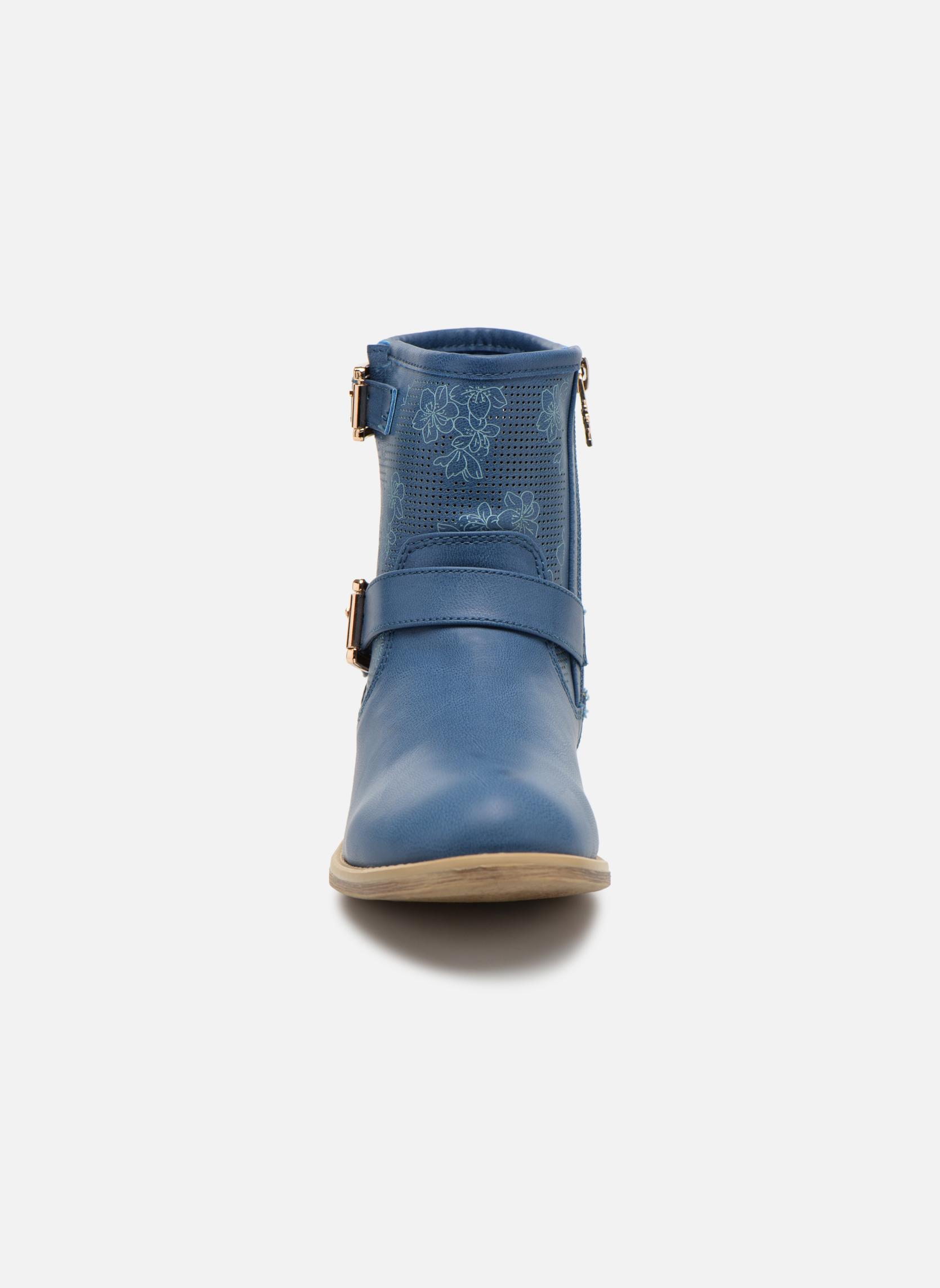 Botines  Xti Randy 45017 Azul vista del modelo
