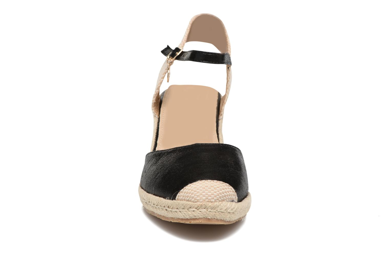 Sandals Xti Brownie 45061 Black model view