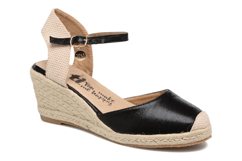 Sandals Xti Brownie 45061 Black detailed view/ Pair view