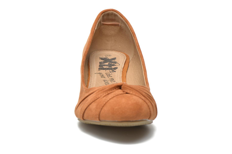 Escarpins Xti Camilla 45113 Marron vue portées chaussures