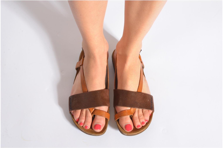 Sandales et nu-pieds Kickers Alchimie Marron vue bas / vue portée sac
