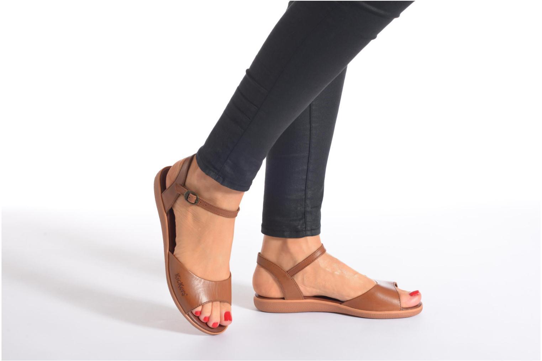 Sandales et nu-pieds Kickers Hypsi Noir vue bas / vue portée sac