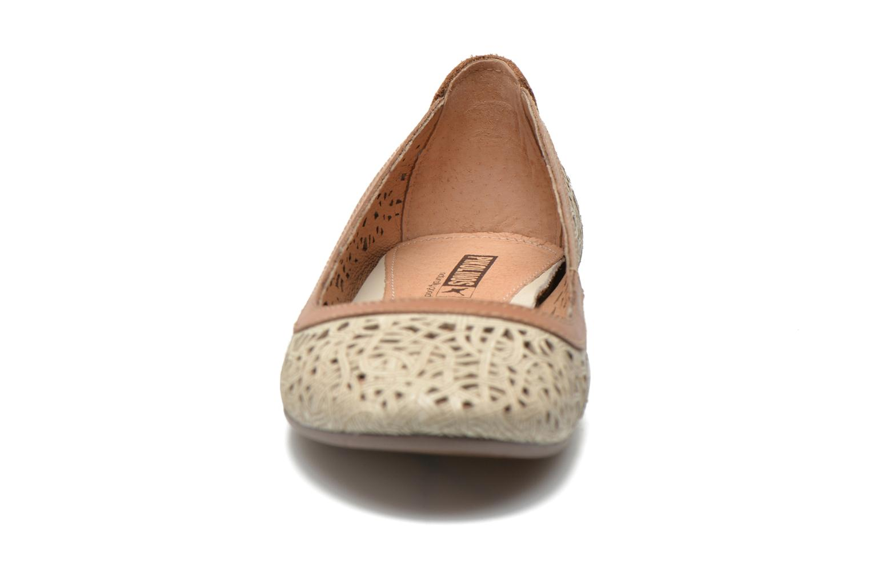 Ballerines Pikolinos Pisa W3A-2514 Beige vue portées chaussures