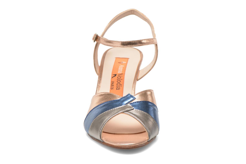 Sandales et nu-pieds Anna Volodia Amor Or et bronze vue portées chaussures