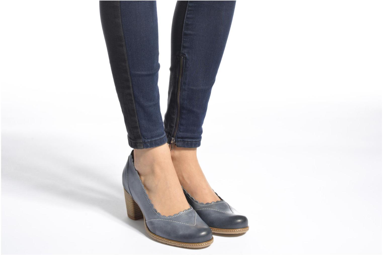 High heels Dkode Valdis Brown view from underneath / model view