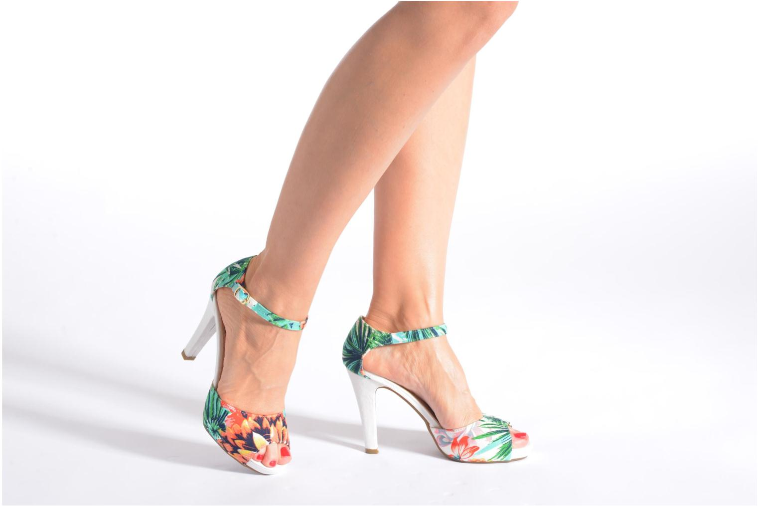 Sandals Refresh Lena Multicolor view from underneath / model view