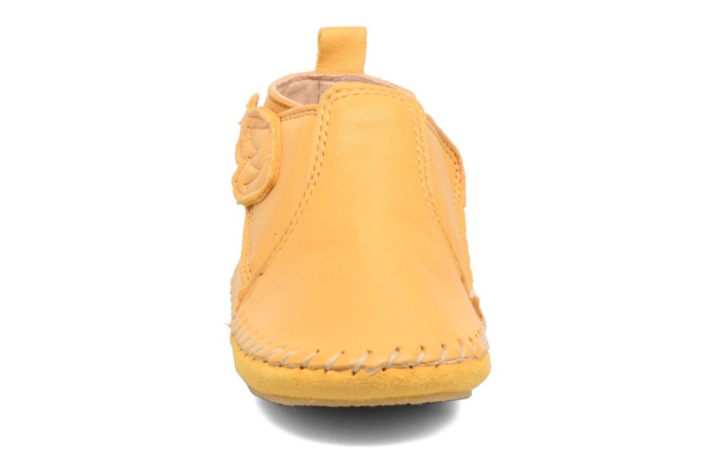 Hausschuhe Easy Peasy Bomok Aile gelb ansicht von vorne