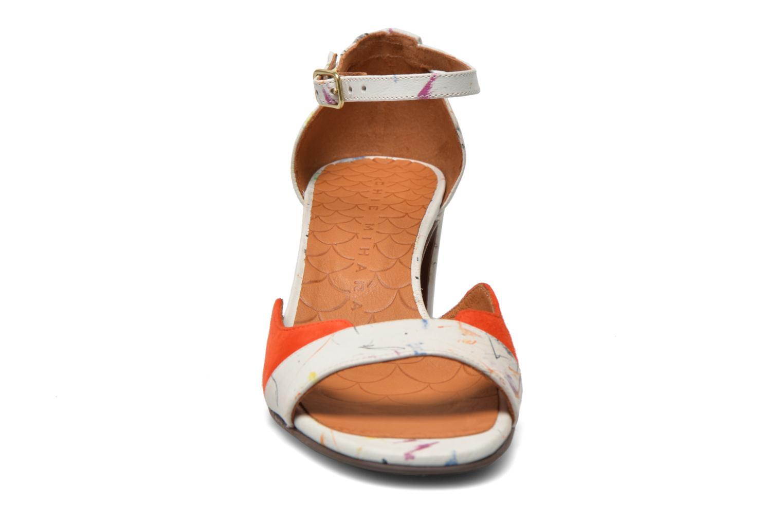 Sandalias Chie Mihara Birra Multicolor vista del modelo