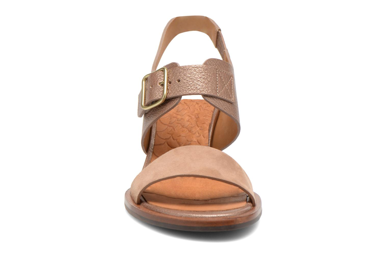 Sandales et nu-pieds Chie Mihara Queva Or et bronze vue portées chaussures