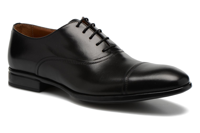 Snörade skor Doucal's Omar short Svart detaljerad bild på paret