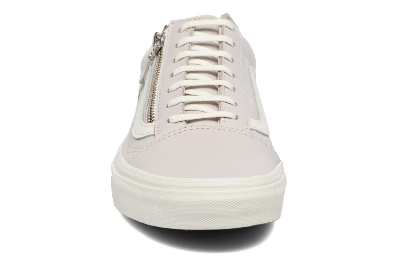 Baskets Vans Old Skool Zip Gris vue portées chaussures