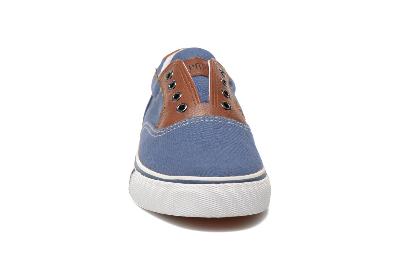 Baskets Kaporal Veliko Bleu vue portées chaussures