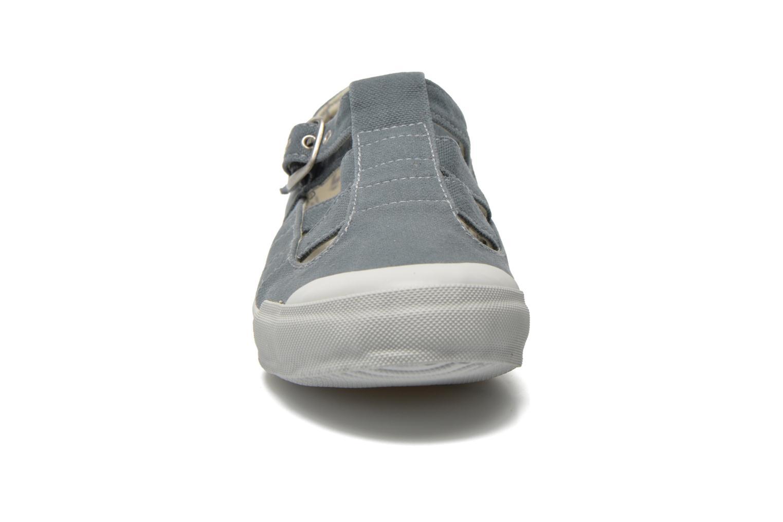 Baskets TBS Oriele Gris vue portées chaussures