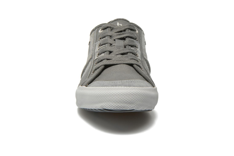 Baskets TBS Edgard Gris vue portées chaussures