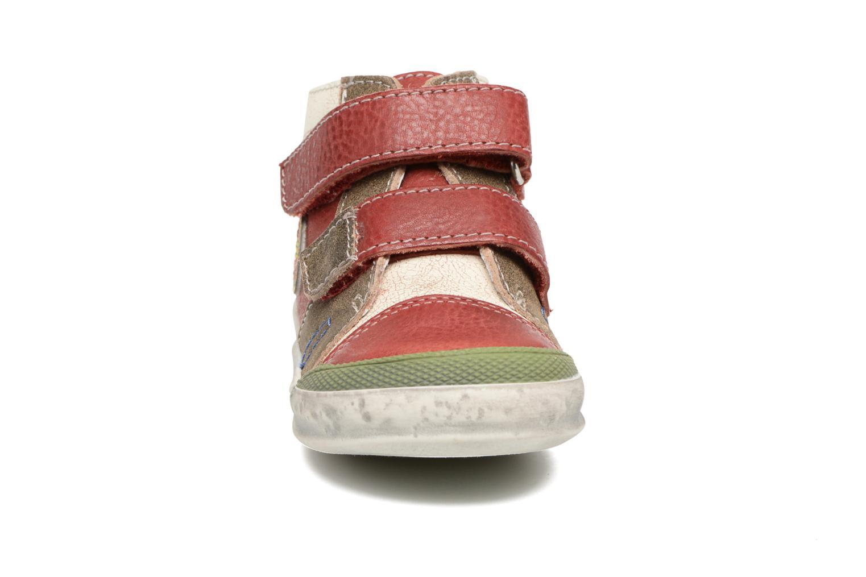 Bottines et boots GBB Medard Rouge vue portées chaussures