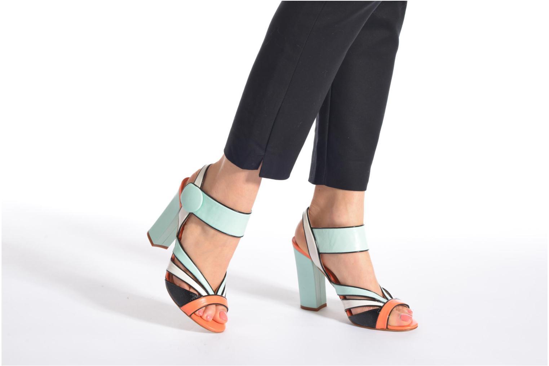 Sandales et nu-pieds COSMOPARIS Adiana Multicolore vue bas / vue portée sac