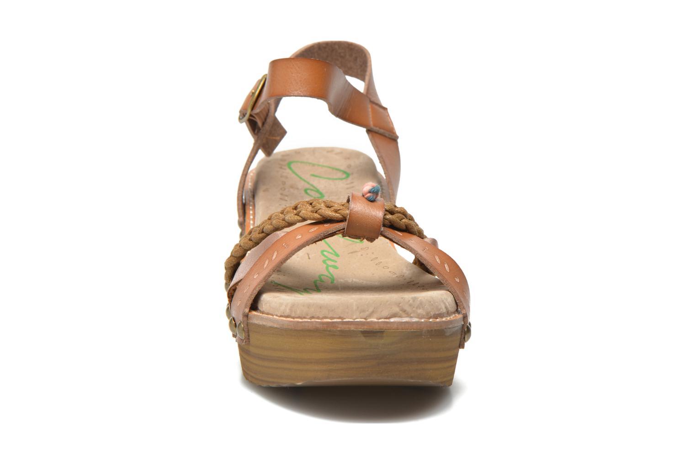 Sandales et nu-pieds Coolway Celine Marron vue portées chaussures
