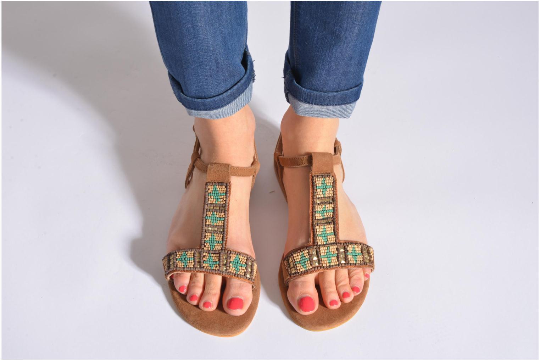 Sandales et nu-pieds Coolway Maddy Noir vue bas / vue portée sac