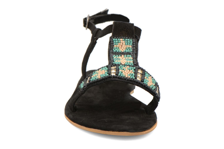 Sandales et nu-pieds Coolway Maddy Noir vue portées chaussures