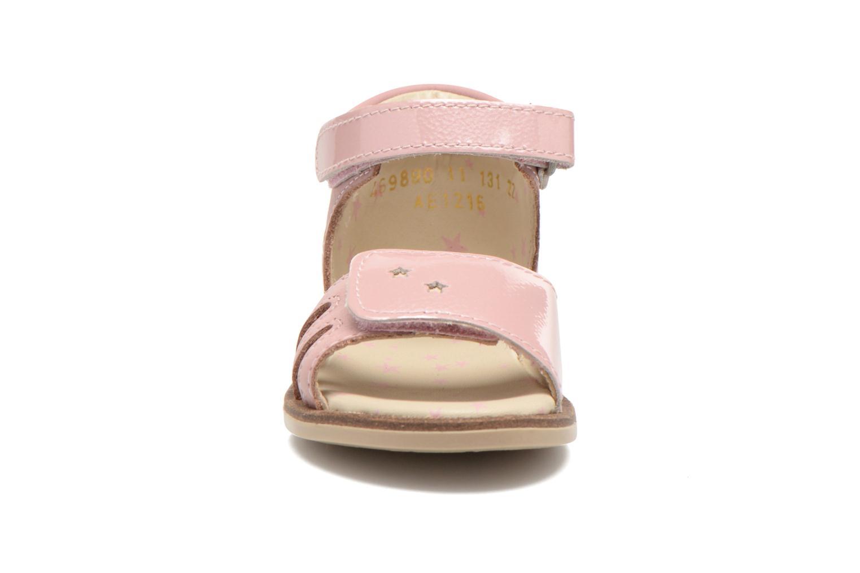 Sandaler Kickers Moonstar Pink se skoene på