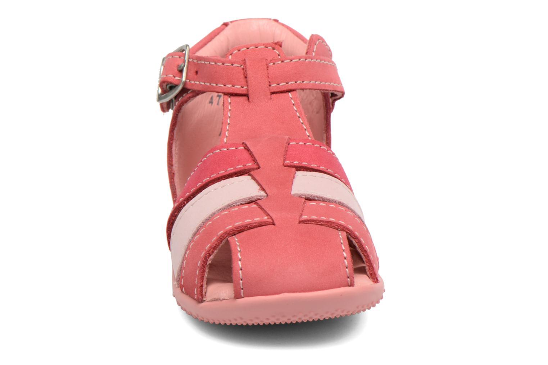 Sandales et nu-pieds Kickers Bigfly Rose vue portées chaussures