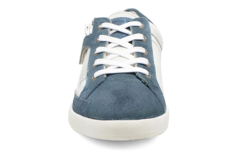 Baskets Kickers Hameri Blanc vue portées chaussures