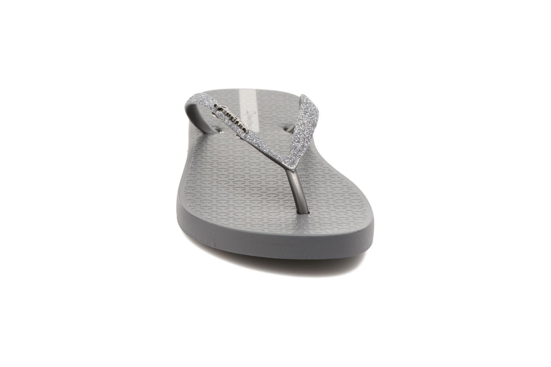 Flip flops Ipanema Lolita III Grå bild av skorna på