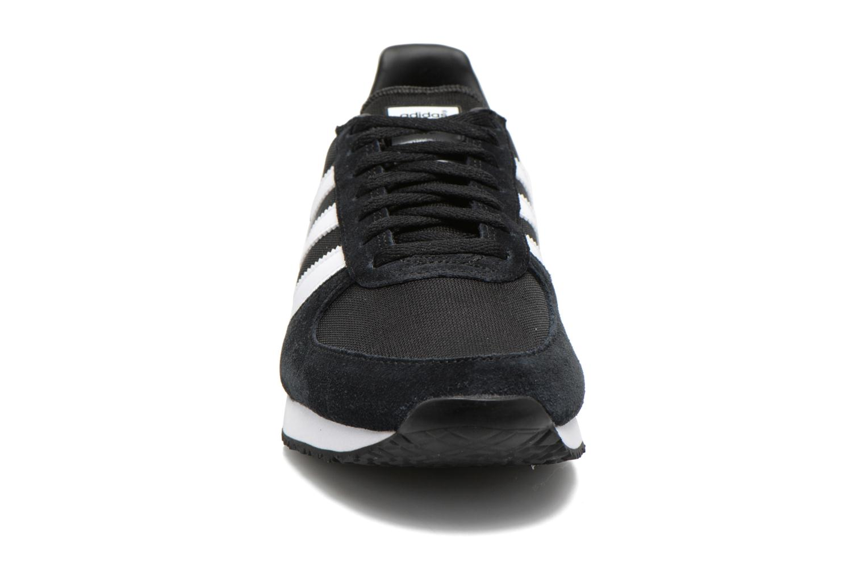 Baskets Adidas Originals Zx Racer W Noir vue portées chaussures