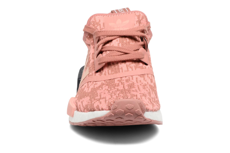 Baskets Adidas Originals Nmd_R1 W Rose vue portées chaussures