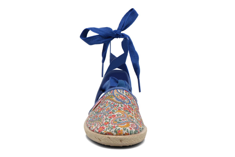 Sandales et nu-pieds Cienta Alicia Bleu vue portées chaussures