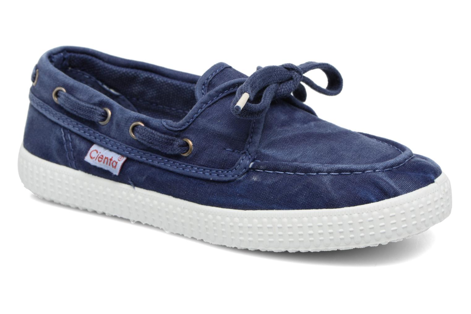 Lace-up shoes Cienta Martino Blue detailed view/ Pair view