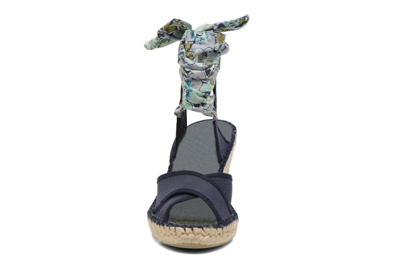 Sandalen Pare Gabia Kerine blau schuhe getragen