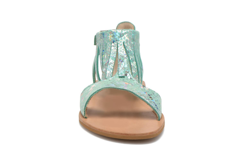 Sandals Manuela de Juan Sara Green model view