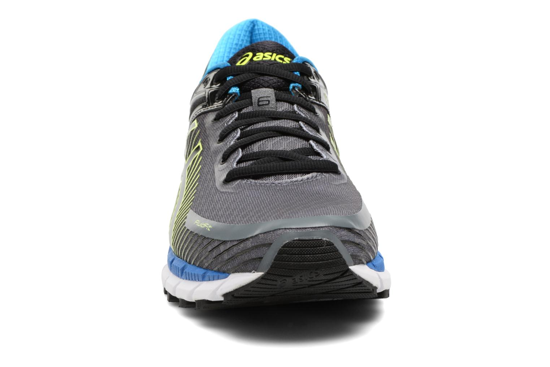 Chaussures de sport Asics Gel-Kinsei 6 Noir vue portées chaussures