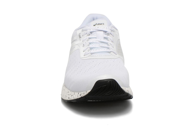 Sport shoes Asics Fuzex Lyte White model view