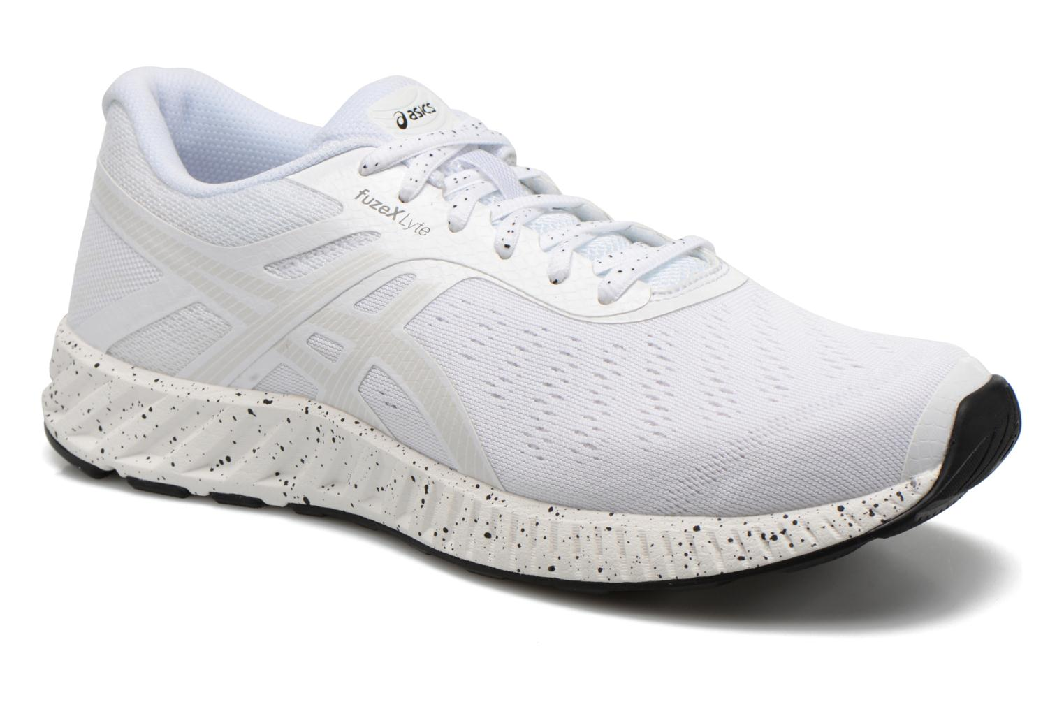 Sport shoes Asics Fuzex Lyte White detailed view/ Pair view