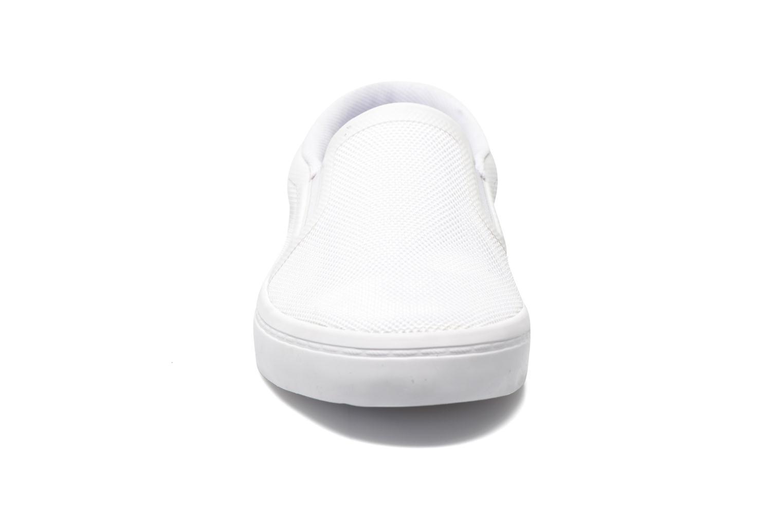 Baskets Lacoste Gazon Slip On 116 6 Blanc vue portées chaussures