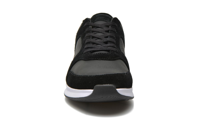 Baskets Lacoste Joggeur 116 1 Noir vue portées chaussures