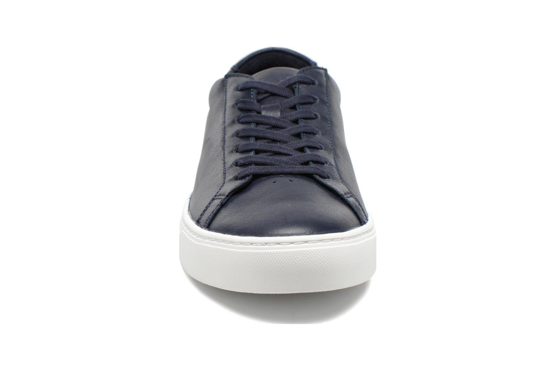Baskets Lacoste L.12.12 116 1 Bleu vue portées chaussures