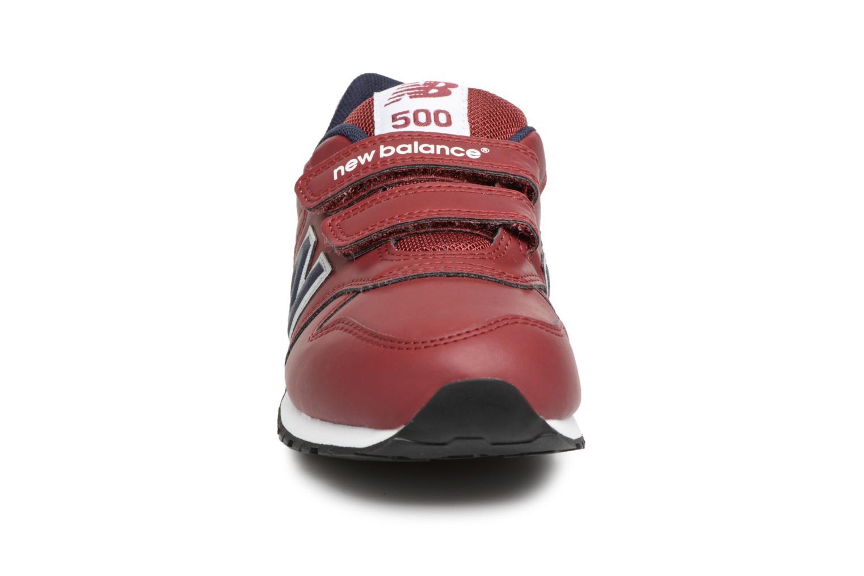 Baskets New Balance KV500 J Bordeaux vue portées chaussures