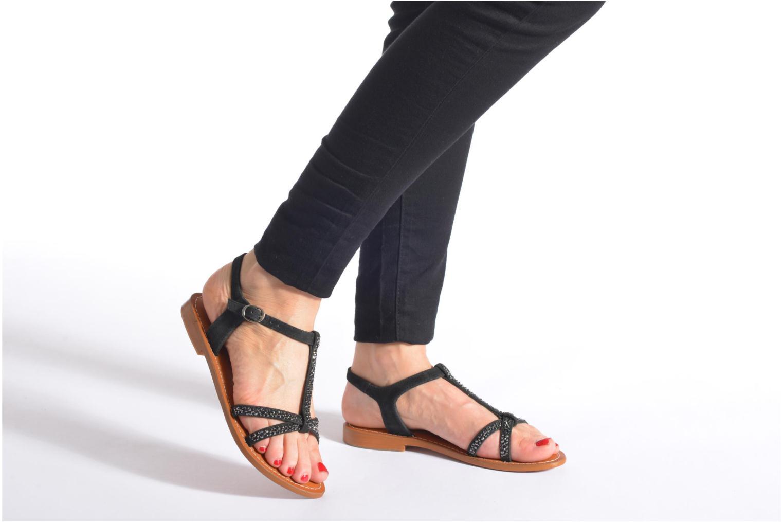Sandales et nu-pieds L'Atelier Tropézien Coquette Noir vue bas / vue portée sac