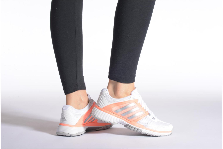 Chaussures de sport Adidas Performance Barricade Club W Blanc vue bas / vue portée sac