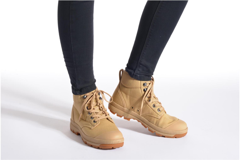 Chaussures à lacets Aigle Tenere 3 Light W Beige vue bas / vue portée sac